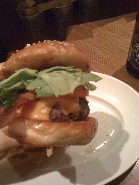 Bubby's DINER バビーズダイナー ハンバーガー hamburger